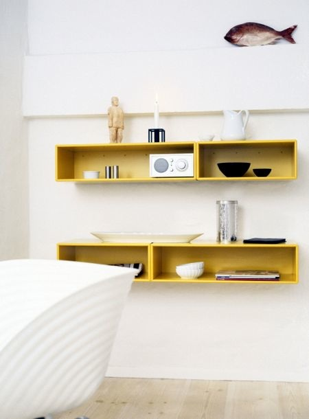 Lynn morris interiors build it in or not storage and shelving solutions - Etagere murale chambre ado ...