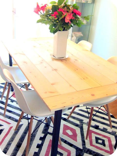 Diy rustic table top kilim rug