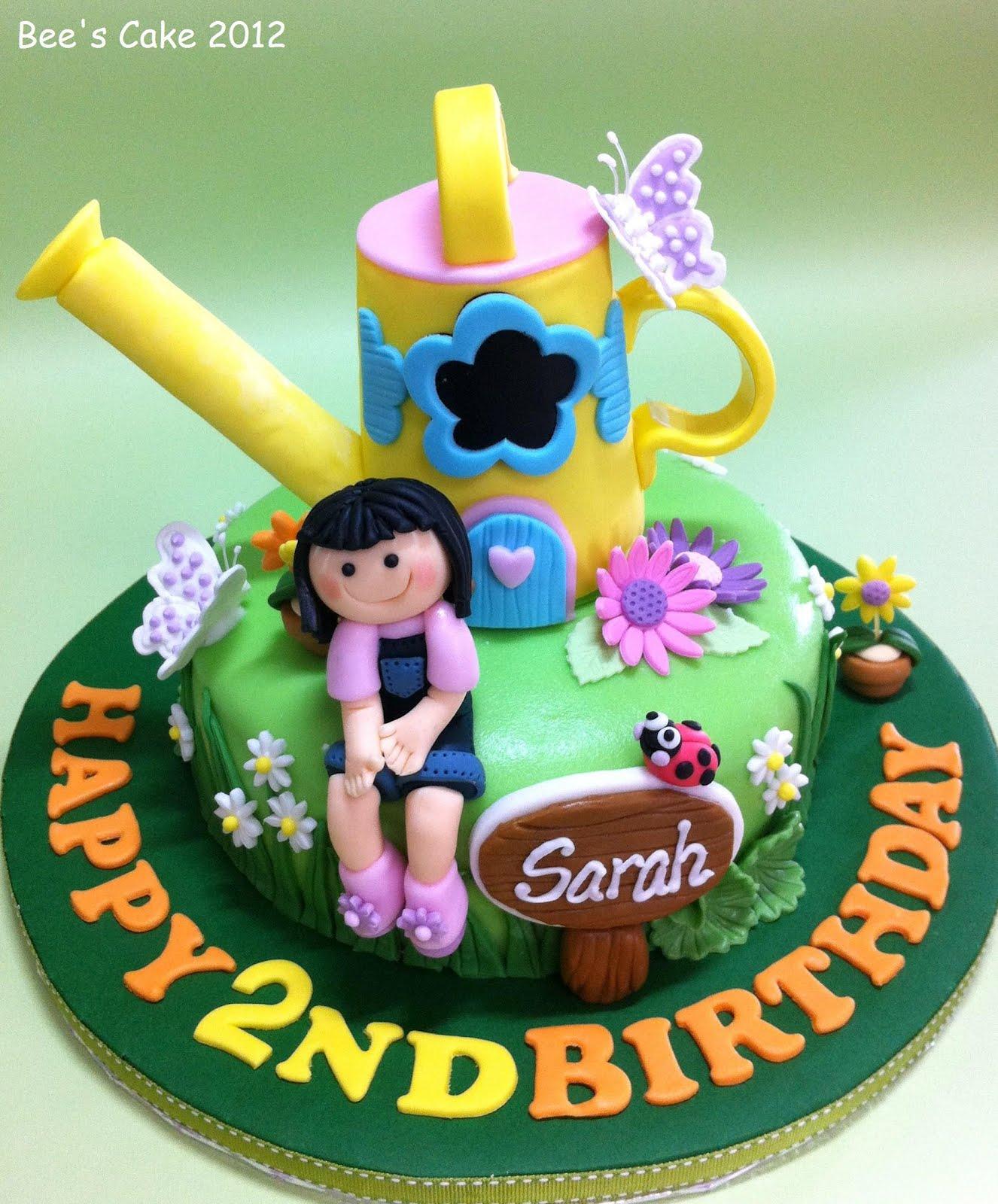 Bees Cake Sarahs Garden
