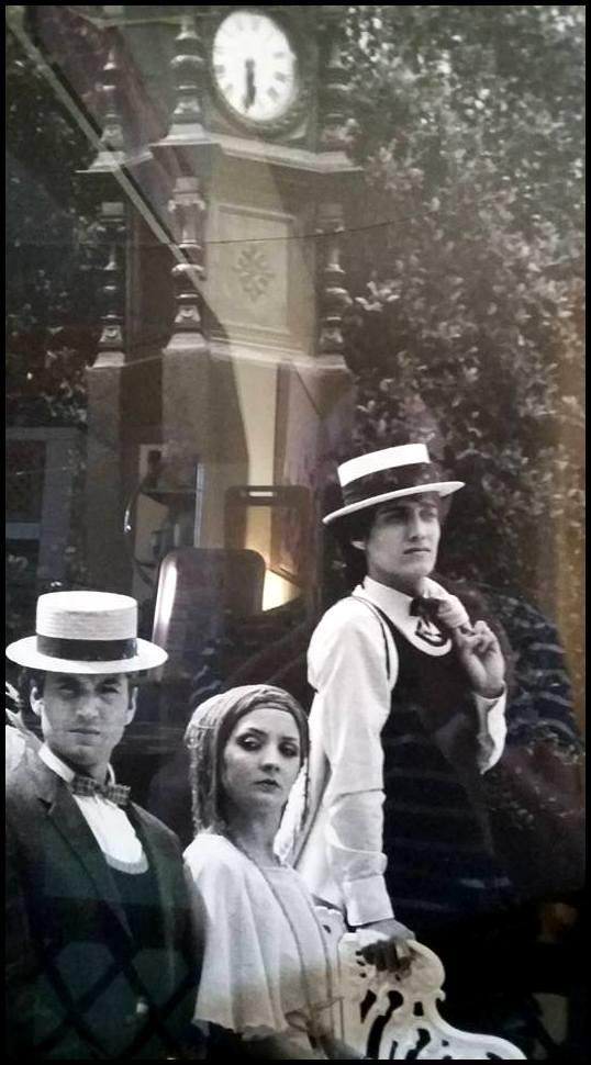 LA BICICLETA VOLARÁ,de Carlos Giménez y Esther Plaza. Dirección, Iluminación, Dramaturgia, 1976