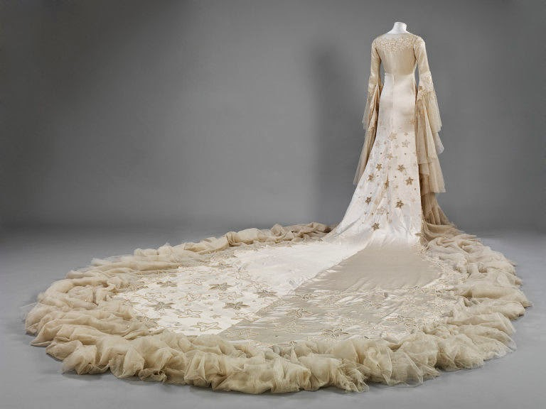 Wedding dress by Norman Hartnell- Rear Look