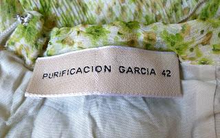 imagen etiqueta interior vestido volantes de seda de Purificación García