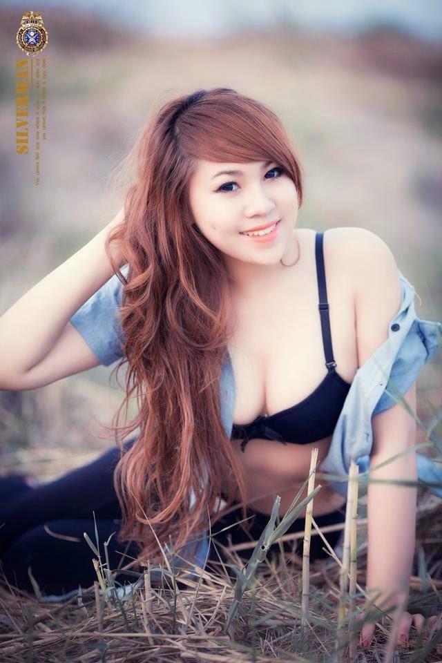 Hot girl Mindy by: batam24h.com