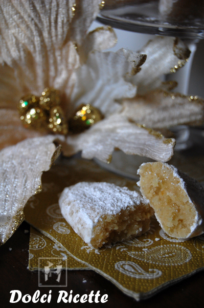 Dolci ricette ricciarelli di siena for Siti ricette dolci
