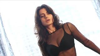 amisha-patel-bikini-2013-Picture-shoot-9.jpg