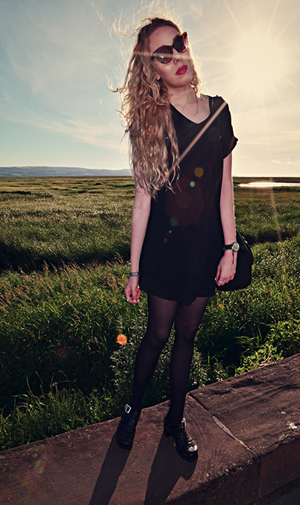 black dress, fashion blog, fashion blogger, uk style blog, north west, jelly shoes, curly hair, cat eye sunglasses, black leather bag, asks watch, neston, nicholls ice cream, park gate, uk fashion blogger, pastel, pastel hair, portrait