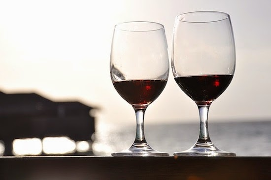 Alcohol and health: compatible, or not?