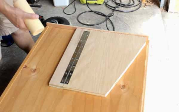 Simply Easy Diy Diy Mobile Fold Down Miter Saw Station