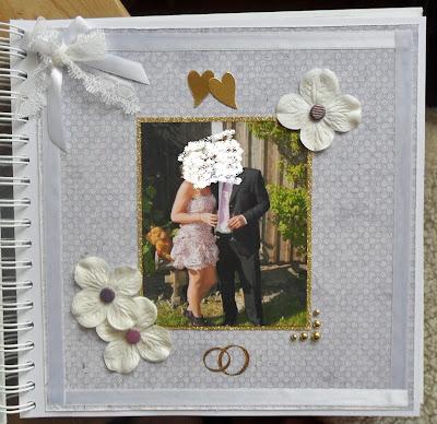Första sidan med bild på brudparet..(något dold då jag ej visar mina  beställare på bild) 24c88f253741b