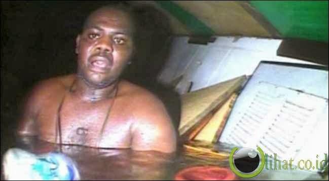 Terjebak 3 Hari di Dasar Laut, Pria Nigeria Berhasil Selamat
