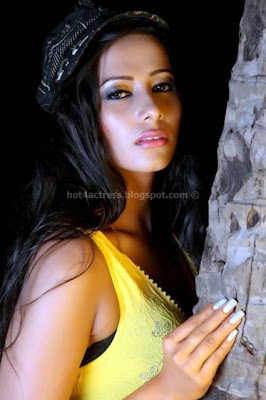 Hot sanjana images