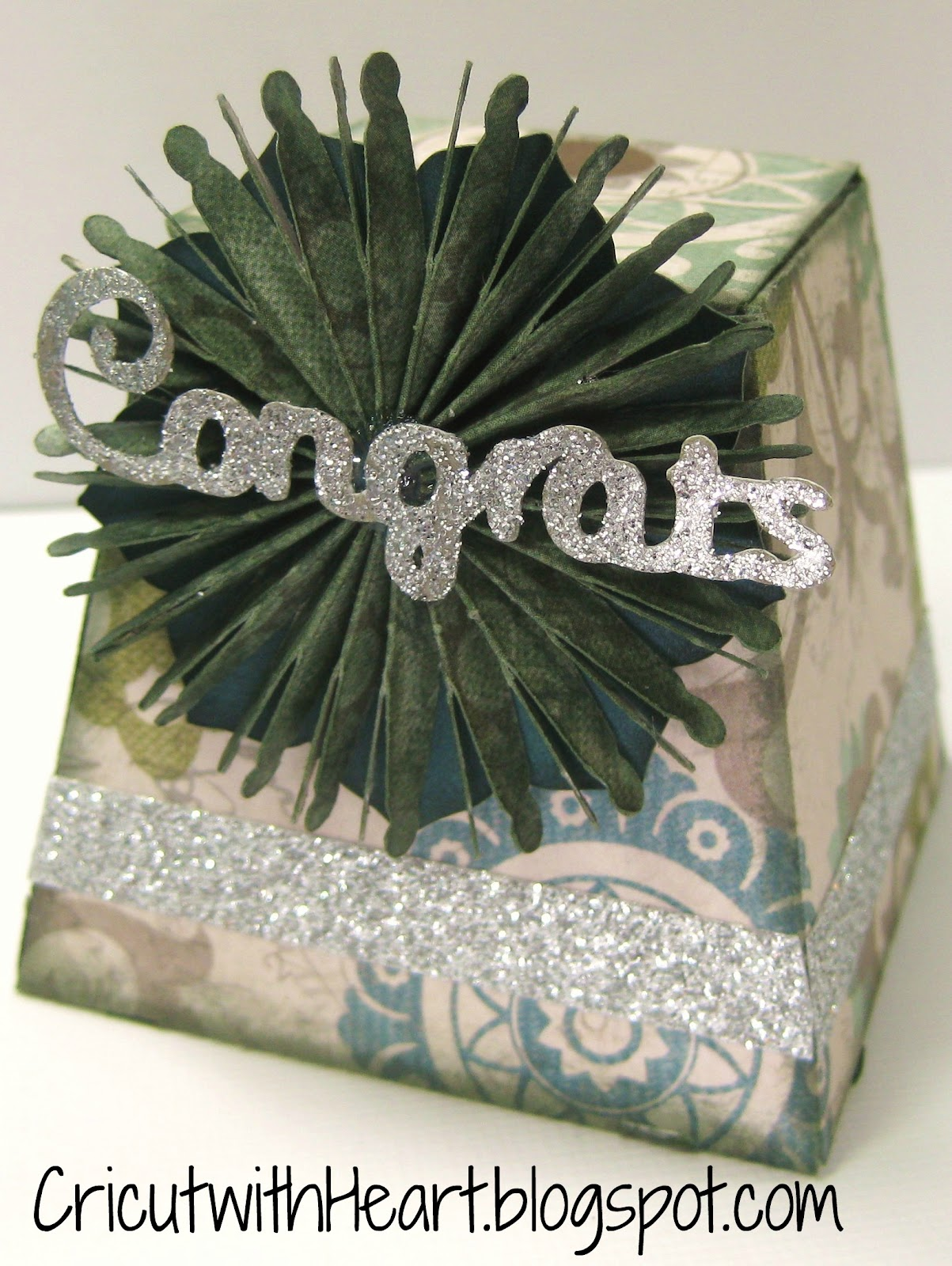 Fantabulous cricut challenge blog fantabulous friday 165 wedding - This Is Really A Versatile Little Box And Such A Cool Shape I Hope This Has Inspired You To Make Something Today Please Leave Me A Comment And Let Me