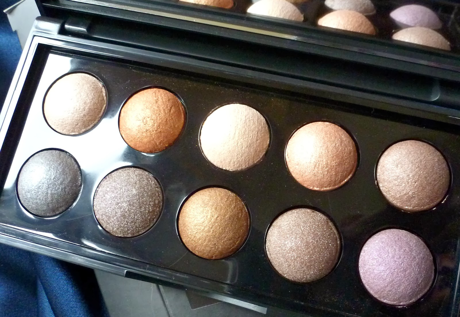 A picture of Elf Baked Eye-Shadow Palette
