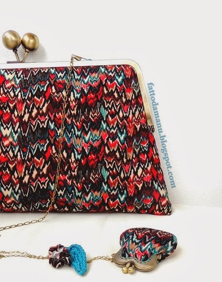 Set: clutch bag & mini borsellino da collo