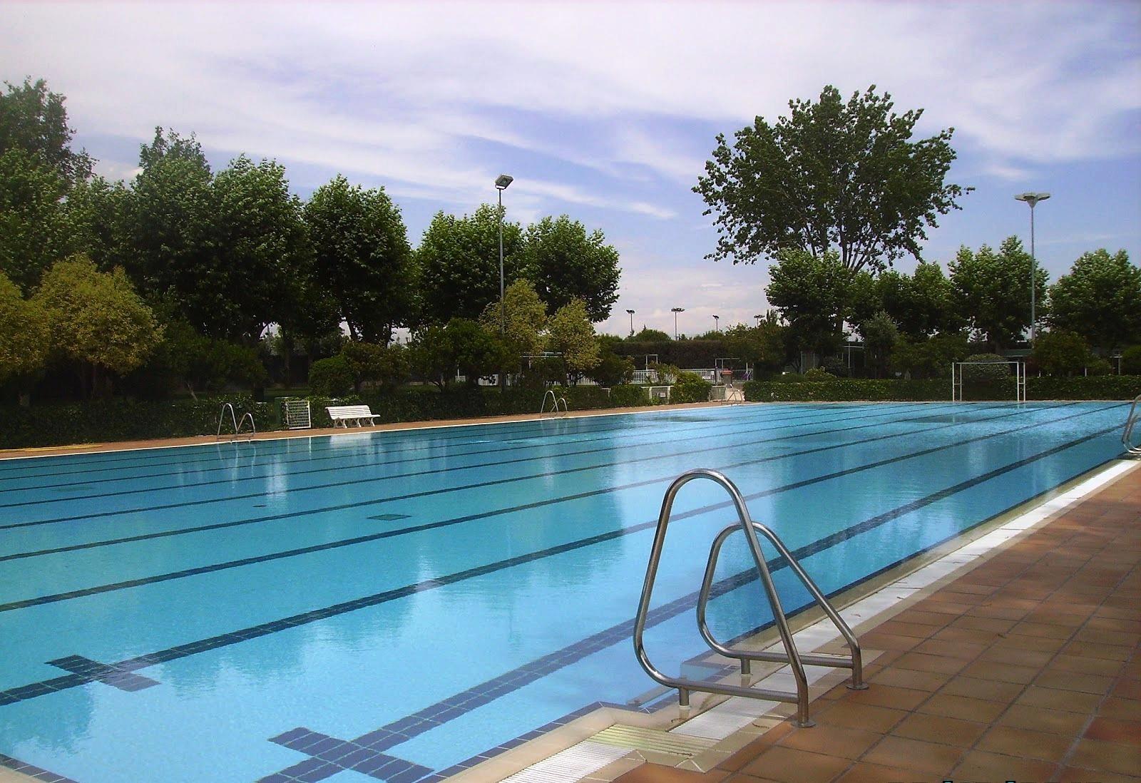 Apertura de la piscina de verano idm vic lvaro vicalv for Las mejores piscinas municipales de madrid