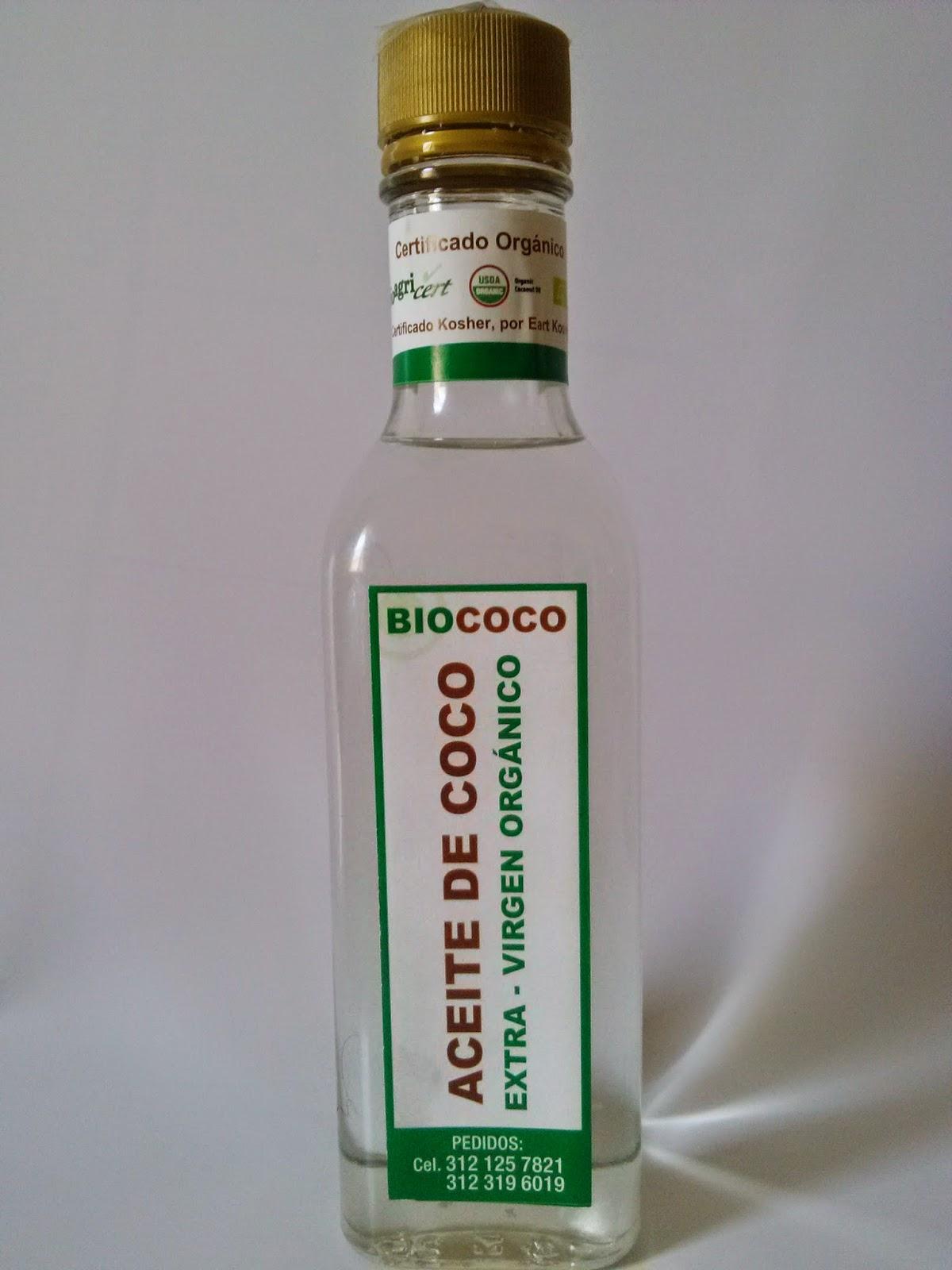 Aceite de coco para el pelo rizado
