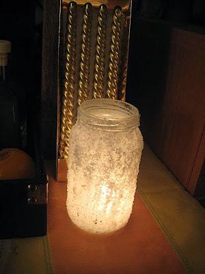 Novogodisnja dekoracija (boce, tegle)
