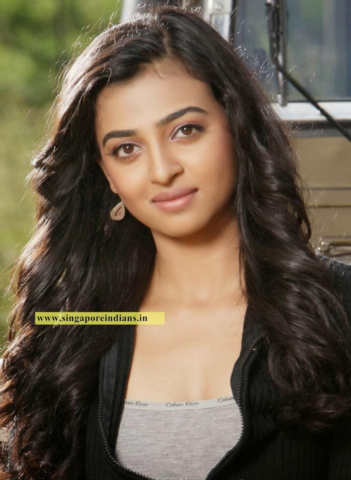 indian girl dating in singapore Indian women seeking western men for marriage indian women are the newest group of ladies to begin signing up with international dating agencies.