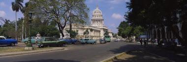 Vista del Capitolio En La Havana, Cuba ! ! !