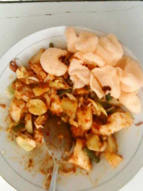 What is Gado gado? it is Indonesian dishes from vegetables with peanut sauce