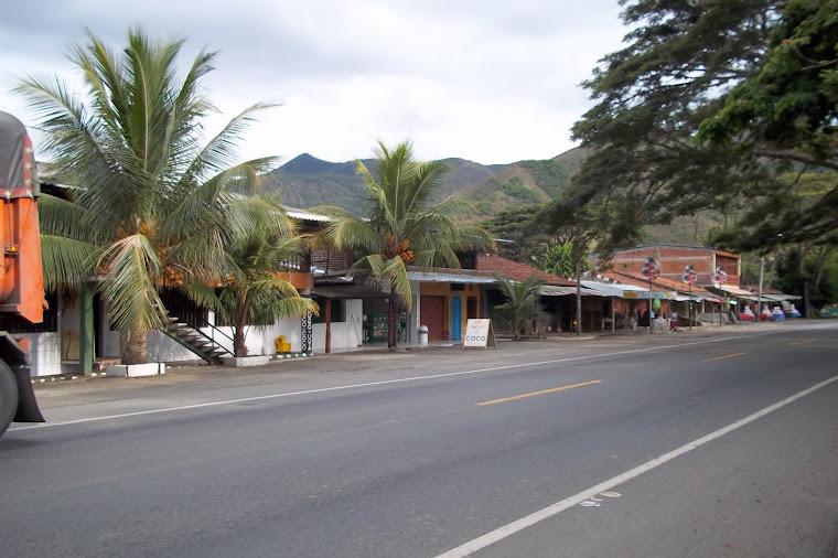 PARADOR DEL DULCE Y EL MECATO EN YOTOCO