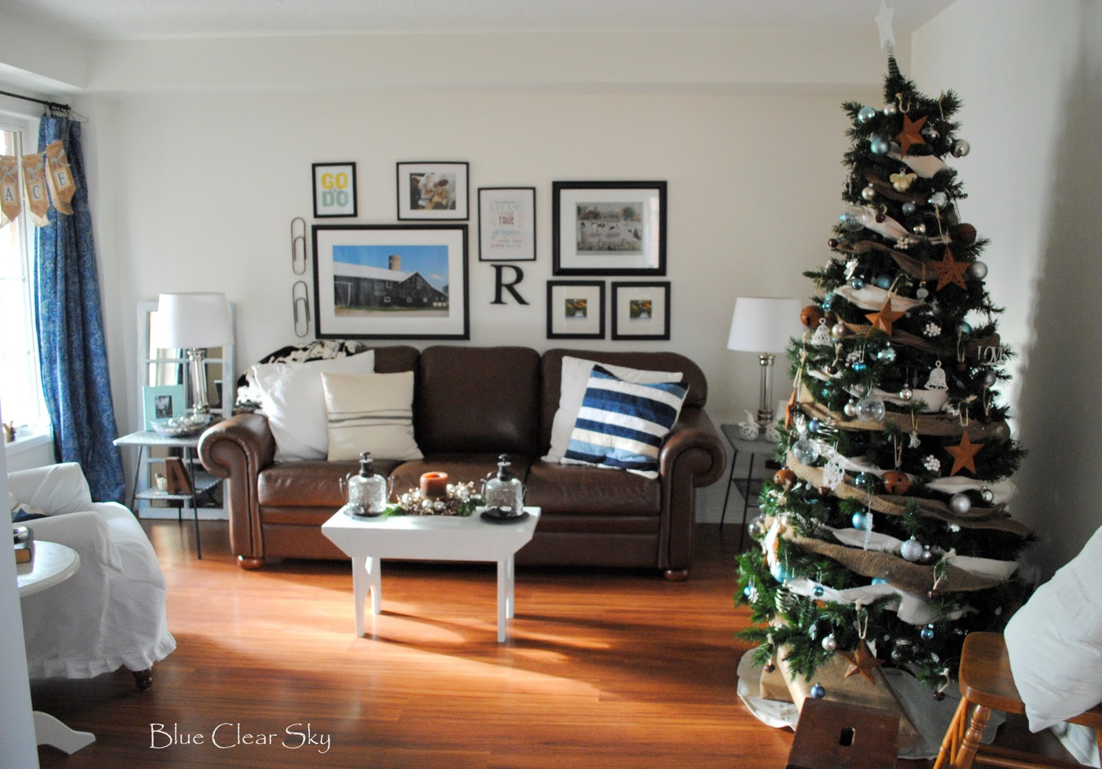 Living Room Christmas Decor Rustic Maple Christmas In Our Living Room 2011