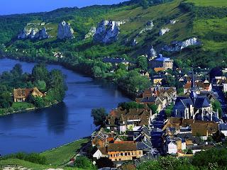 River Seine, France Wallpaper