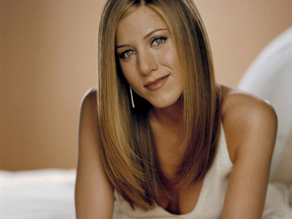 http://3.bp.blogspot.com/-MzkZqWS7-xA/TdyCeU3mriI/AAAAAAAAFPY/cd7_hWeMFOk/s1600/Hot+Jennifer+Aniston+Pictures+%25282%2529.JPG