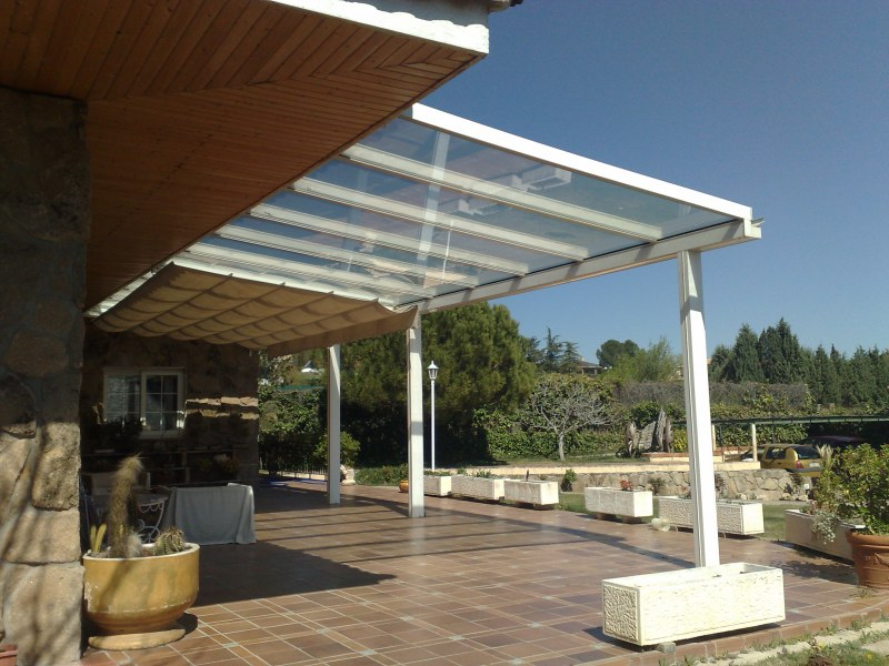 Tipos de techos fijos cerramientos granada web en venta for Diferentes tipos de techos para terrazas