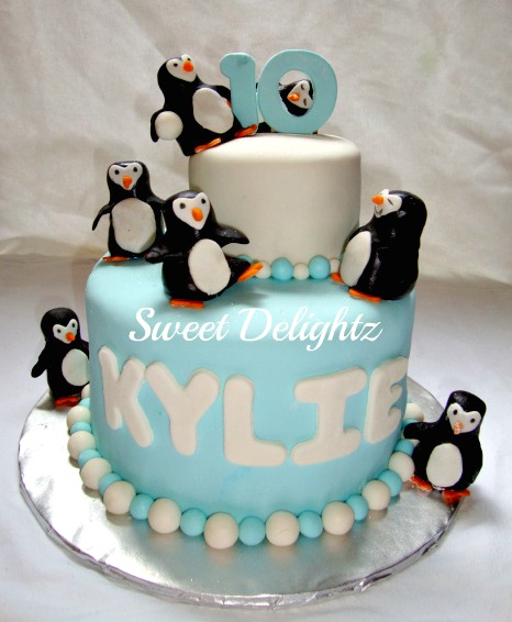 Birthday Cake Ideas Penguin : Sweet Delightz: Penguin Birthday