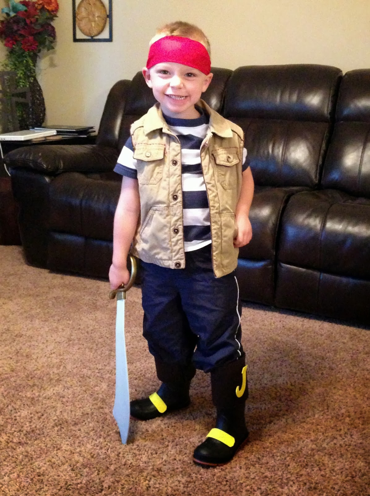 cobo: halloween 2013: jake and the neverland pirates diy costume