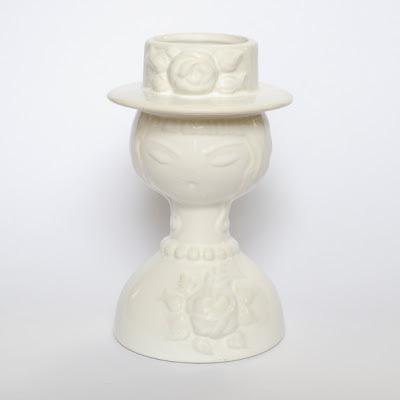 Guldkroken white bust vase