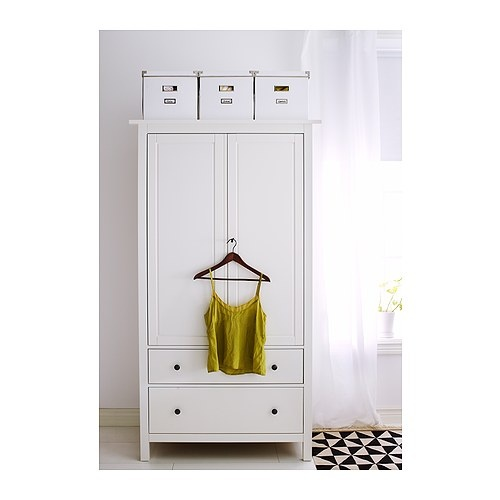 hello lover manic monday bathroom armoire. Black Bedroom Furniture Sets. Home Design Ideas