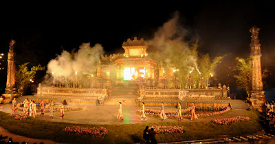 Hue Festival - Honor traditional values