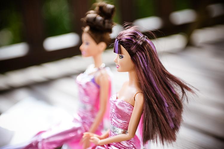 Coloriage Barbie Mousquetaire - coloriages barbie 3 mousquetaires COLORIAGE Pinterest