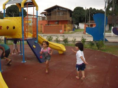 Orla Bertioga- Brinquedos