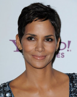Short Pixie Haircuts for Women 16