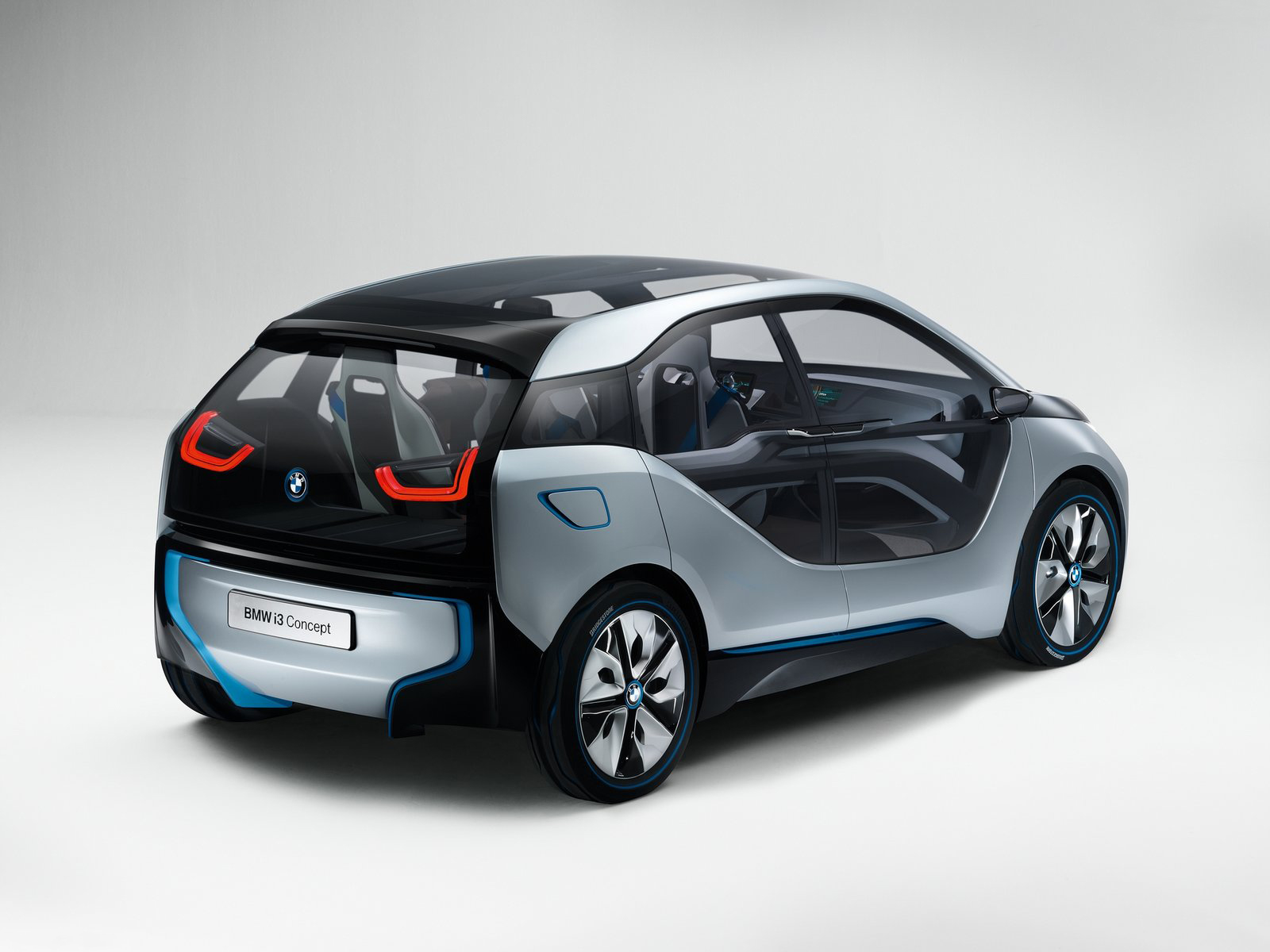 Automotive Database: BMW i3