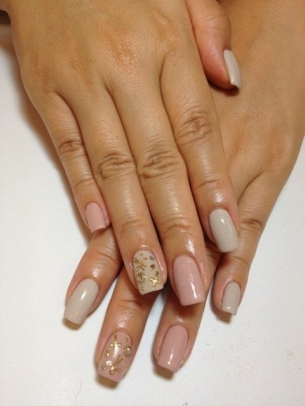 Stylish-Nail-Art-Ideas-for-Fall-2012-1