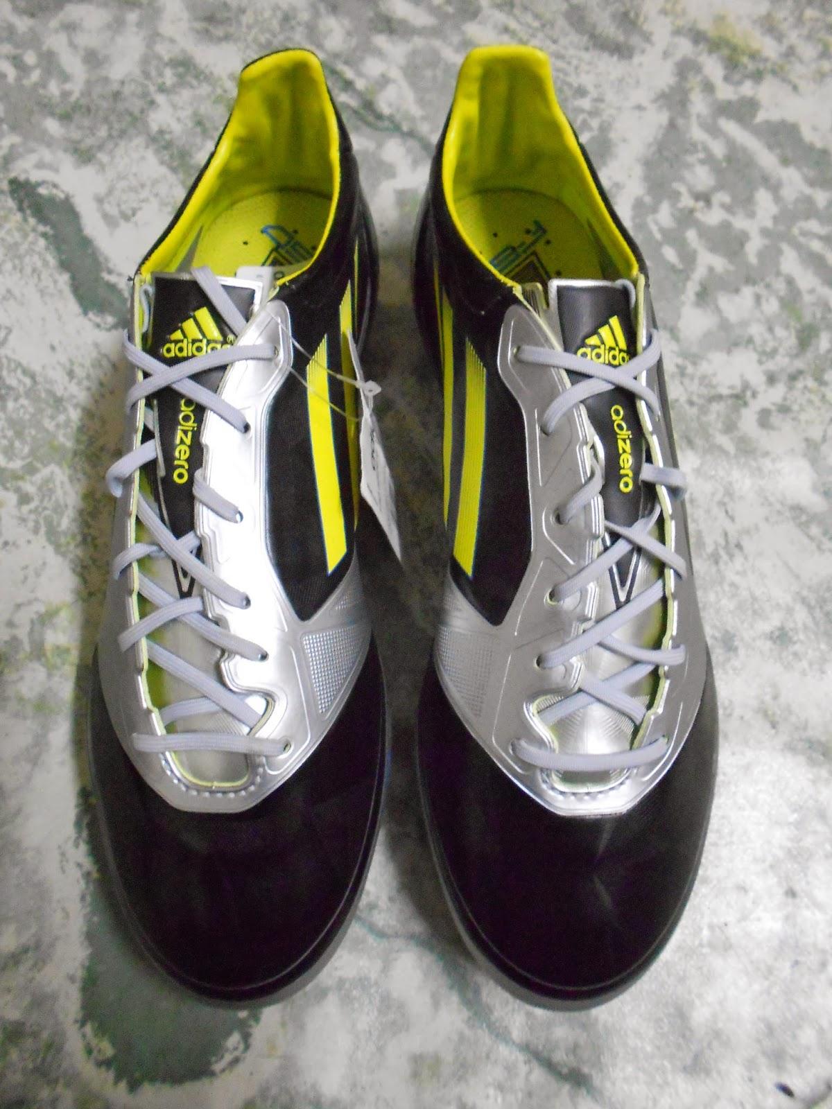 http://kasutbolacun.blogspot.com/2014/05/adidas-f50-adizero-micoach-1-fg-hitam_7944.html