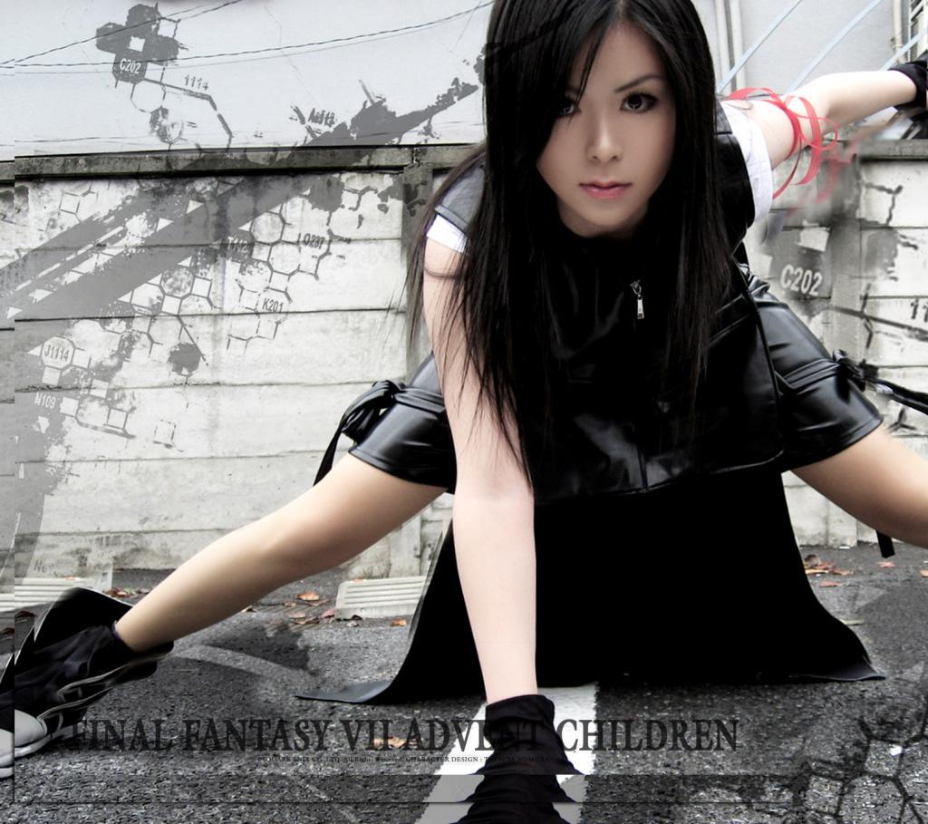 http://3.bp.blogspot.com/-N0ABTdfj9y0/TWG80SHKOVI/AAAAAAAAAm8/WRNcVvJgGCQ/s1600/tifa-cosplay2.jpg