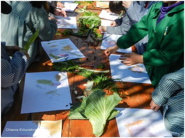 Experimentando con pigmentos vegetales - Chacra Educativa Santa Lucía
