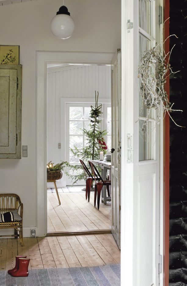 Perfect Scandinavian Christmas Tree 613 x 936 · 90 kB · jpeg