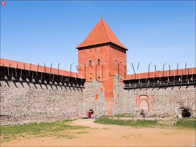 Башня замка Гедимина в Лиде