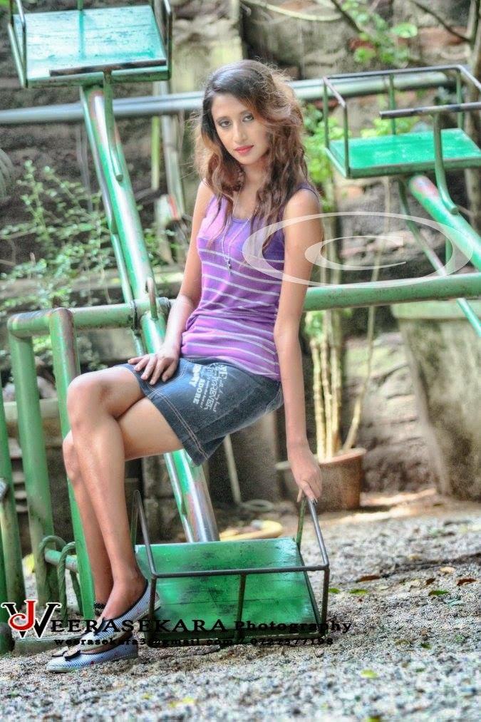 Shalu Perera mini skirt