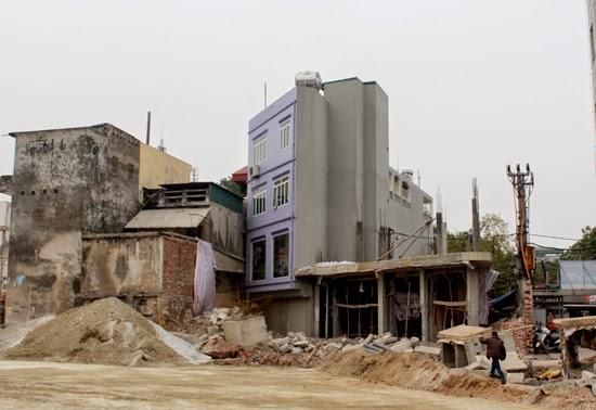 """Thu hồi hàng loạt thửa đất """"dị dạng"""" trên tuyến Hoàng Cầu-Ô Chợ Dừa"""