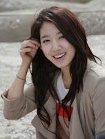 Foto dan Biodata Park Shin Hye