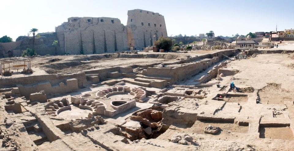 Luxor News Jane Akshar December 2012