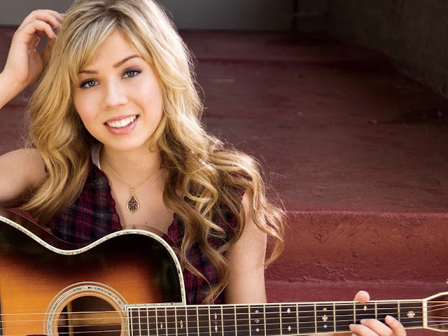 Jennette McCurdy Wallpaper