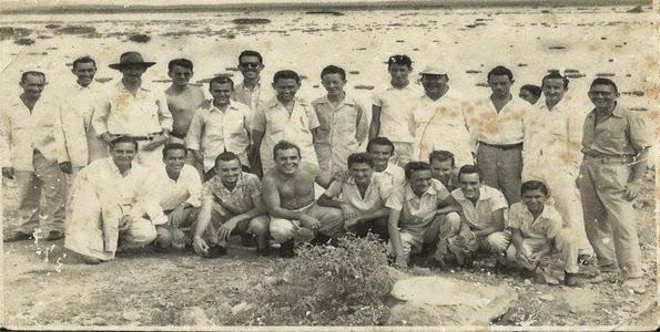 FOTO HISTÓRICA DE 1954 ÁS MARGENS DO AÇUDE DE LIMA CAMPOS:
